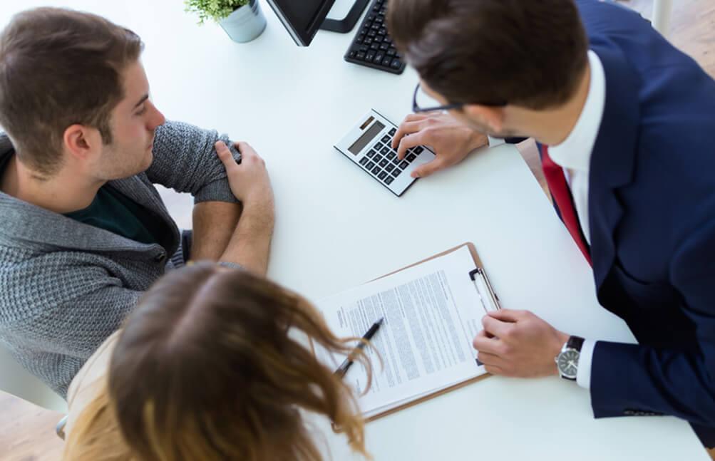 >Emprunt bancaire : caution ou hypothèque ?